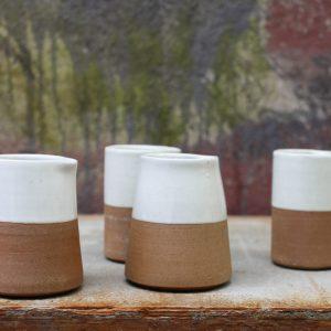 Mali ceramic slanting jug white-terracotta Fair Trade Krug Milchkännchen weiß Nkuku