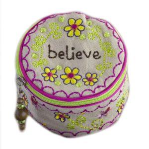 Etui Believe Schmuck Tasche rund bestickt Jewelry round Natural Life