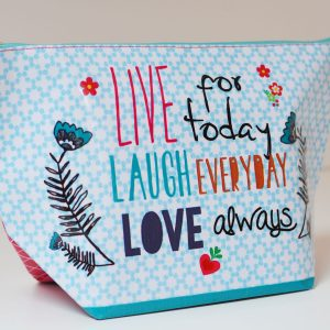 Kulturtasche Live Laugh Love Taj Wood Scherer